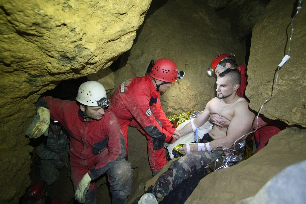 First aid in the cave